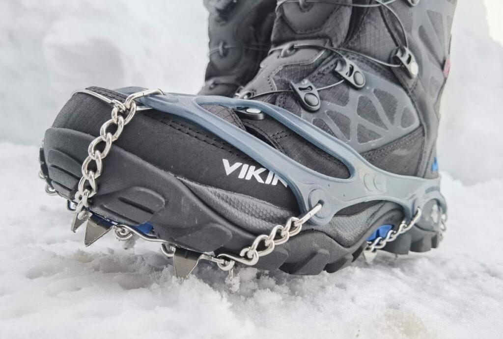 Mit snowline Grödel sicher auf Eis und Schnee unterwegs